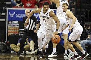 Photo for No. 5 San Diego State Shakes Off Air Force Scare, 73-60