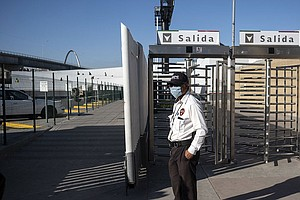 Photo for U.S., Mexico Planning To Restrict Border Crossings To Stem Pandemic