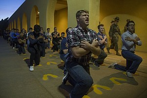 Photo for San Diego Marines Boot Camp Stays Open While East Coast Orders A Halt