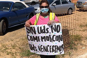 Photo for Caravan Gives Support To San Diego Farmworkers During Pandemic