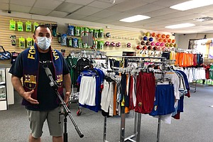 Photo for Some San Diego Businesses Reopen To Scarce Customers