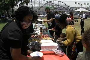 Photo for Juneteenth Cookout In Mission Beach Celebrates Freedom Amid National Reckoning