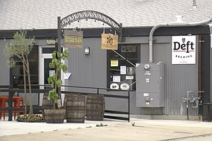 Photo for Bars, Wineries And Breweries Can Partner With Restaurants, Food Trucks To Sta...
