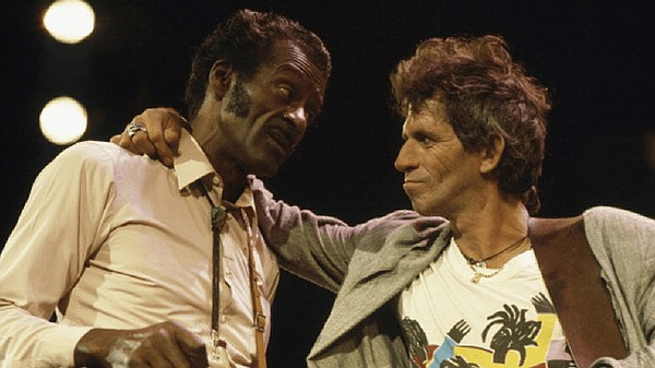 Chuck Berry with Keith Richards of The Rolling Stones (un...
