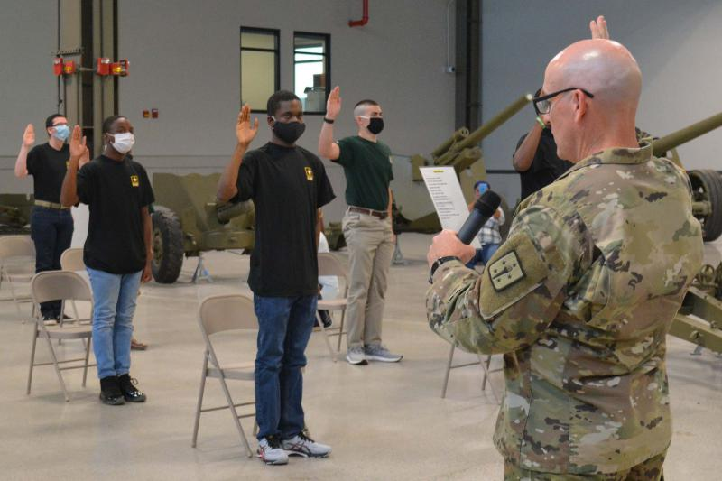 COVID-19 Has Forced The Army To Rethink And Step Up Its Virtual Recruiting Efforts