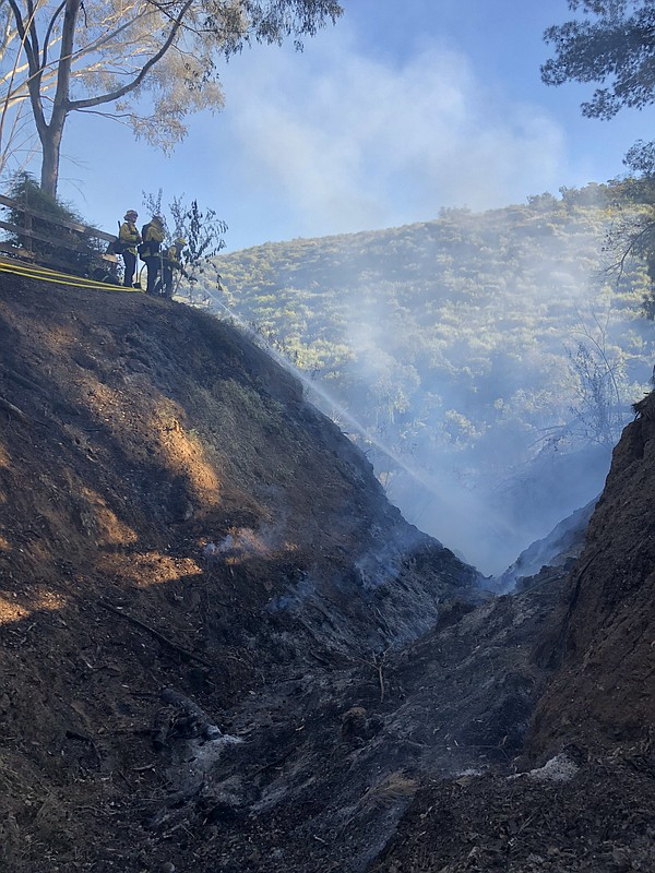 Firefighters keep a brush fire in Jamul to 1 acre on May ...