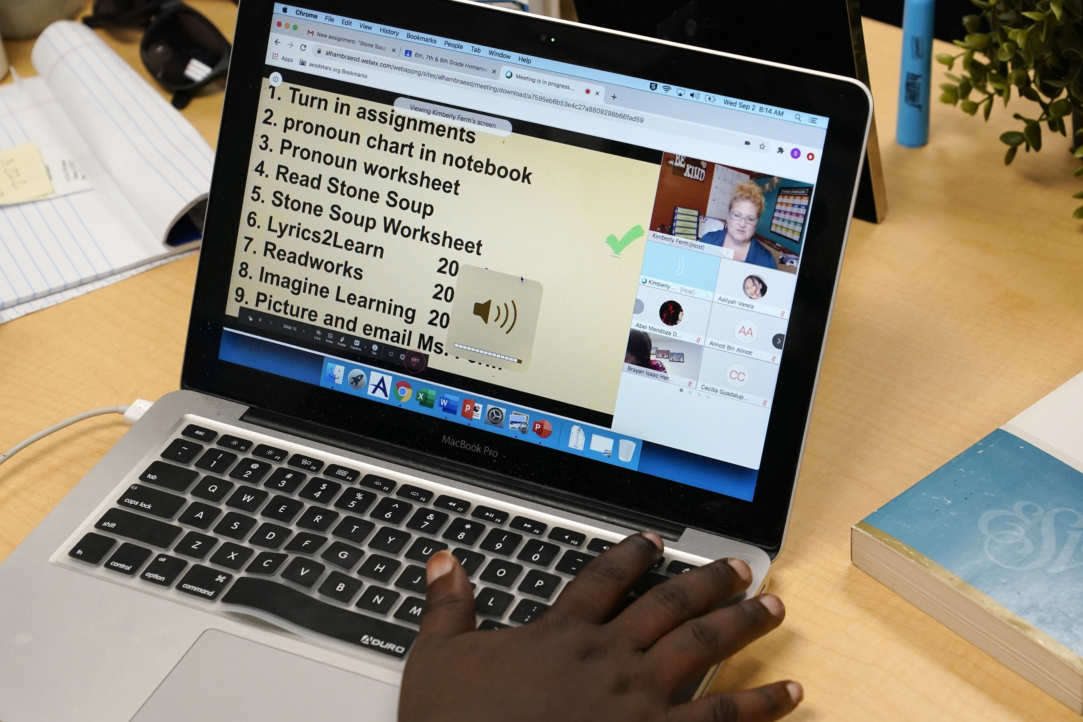 English Learners Are Falling Further Behind In The Virtual Classroom