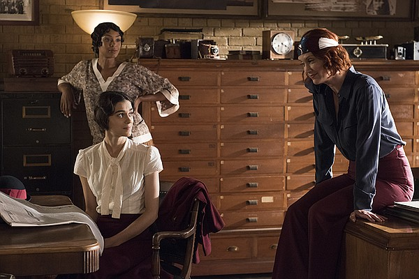 FRANKIE DRAKE MYSTERIES stars Lauren Lee Smith (CSI) as F...