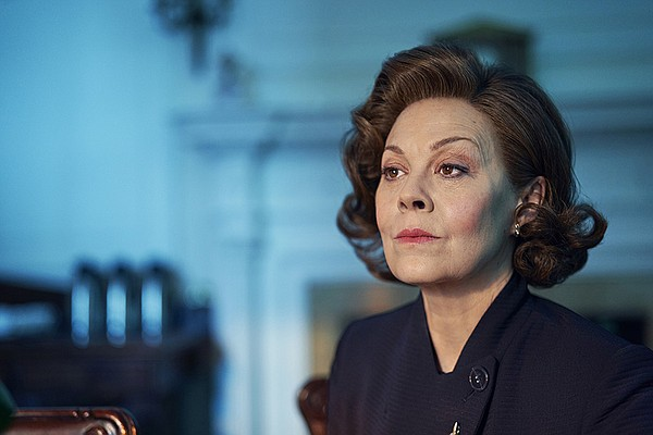 Dawn Ellison (HELEN McCRORY)