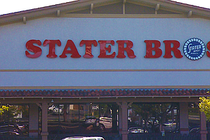 Photo for Stater Bros. Reinstates Hazard Pay, Most Grocery Companies Hold Back Wage Inc...