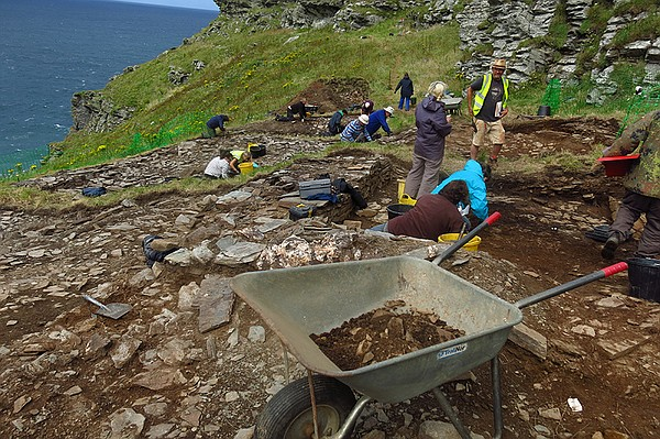 Archaeological site. Uncover new archaeological evidence ...