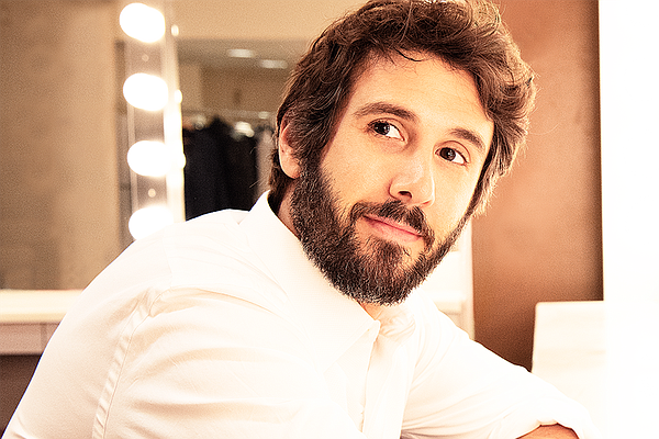 Global superstar Josh Groban returns to PBS with a new co...
