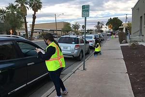 Photo for Long Lines, High Demand: Imperial County's COVID-19 Vaccine Clinics Don't Wor...