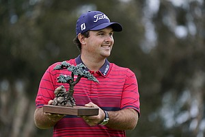 Photo for Day After Rules Controversy, Reed Wins Farmers Insurance Open At Torrey Pines