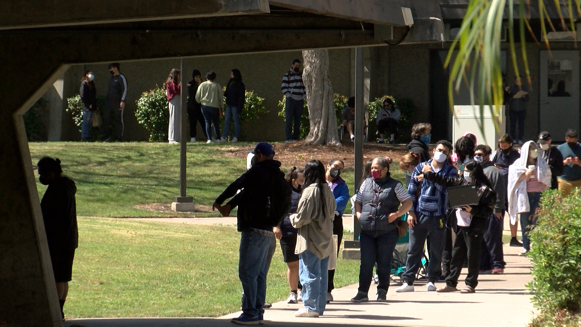 Long Lines For One-Day Vaccination Event At Southwestern College