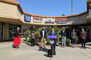 Photo for Mayor Gloria, Rep. Peters Outline Budget To Get San Diegans Back To Work
