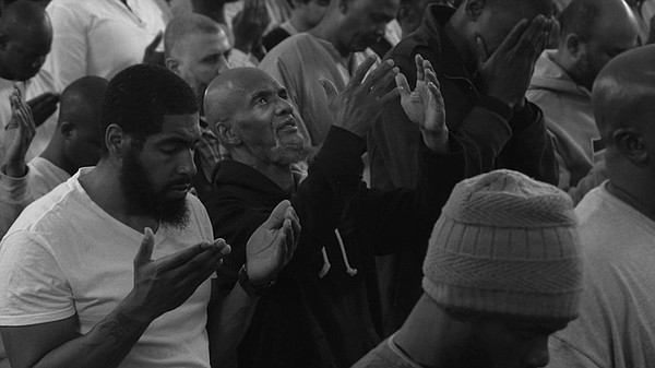 Hanif Muhammad stands for prayer in Ramadan and turns to ...