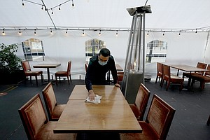 Photo for Help Wanted: Labor Crisis Plagues US Restaurant Industry