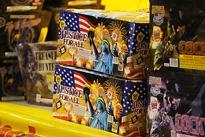 Photo for Drought Woes In Dry US West Raise July 4 Fireworks Fears