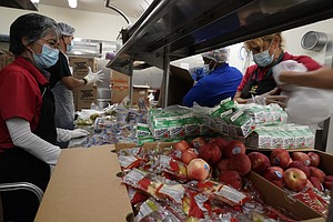 Photo for California Launches Largest Free School Lunch Program In US