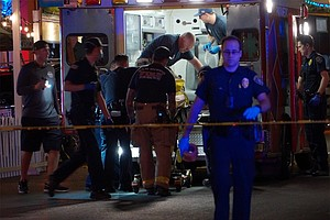 Photo for 1 Killed, 2 In Custody After 2 Separate Shootings In Gaslamp Quarter