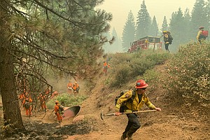 Photo for Wind Forecasts Brings New Worries To California Fire Lines