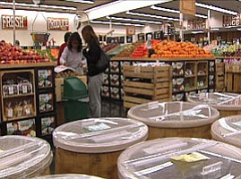 Retail Expert Says Grocery Strike Unlikely