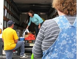 Food is Scarce for a Growing Number of San Diegans