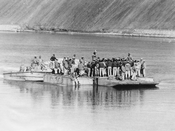 Egyptian soldiers cross to the eastern side of the the Suez Canal during the 1973 war. Egyptian forces initially broke through the Israeli forces on that side of the canal.