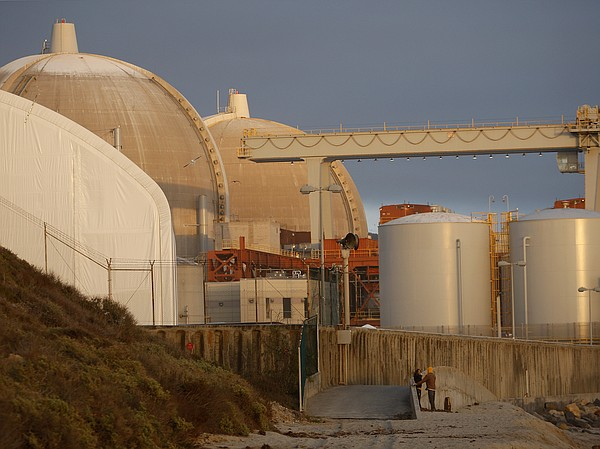 The San Onofre Nuclear Generating Station at San Onofre S...