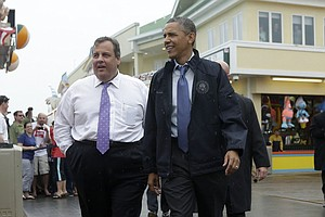 For Chris Christie, Obama Connection Has Risks, Rewards