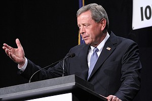 Retirement Flurry Creates Openings For Both Parties In 2014
