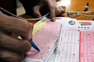 Photo for Mega Millions Winning Ticket Worth $522M Sold In California