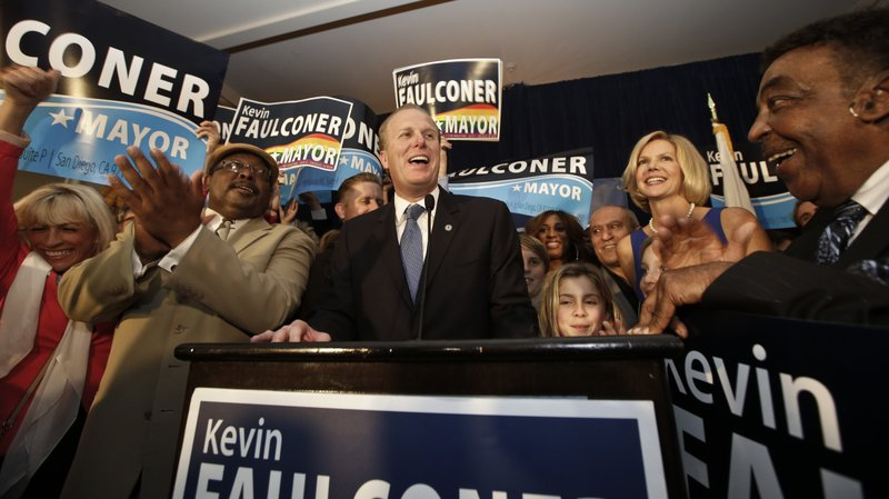 Kevin Faulconer celebrates being elected San Diego mayor with his family and ...