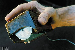 Inventor Of Computer Mouse Dies; Doug Engelbart Was 88