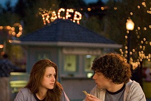 Adventureland Splits Teen Critics